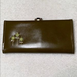 LADY BUXTON VINTAGE Olive wallet with Flower